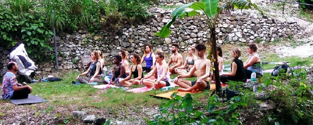 Meditation-Retreat-Nepal1 Daily Schedule