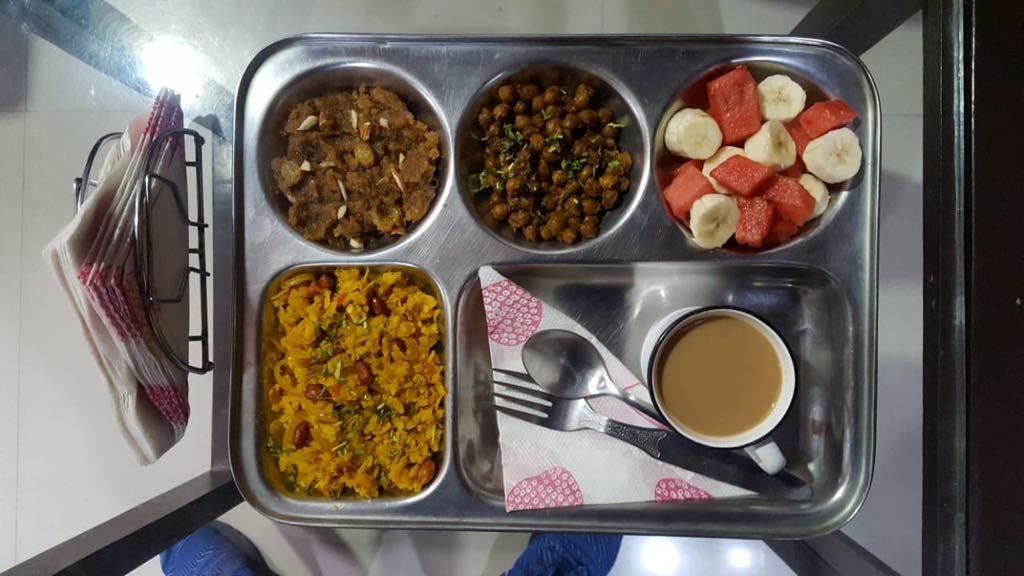 breakfast-1024x576 Daily Schedule